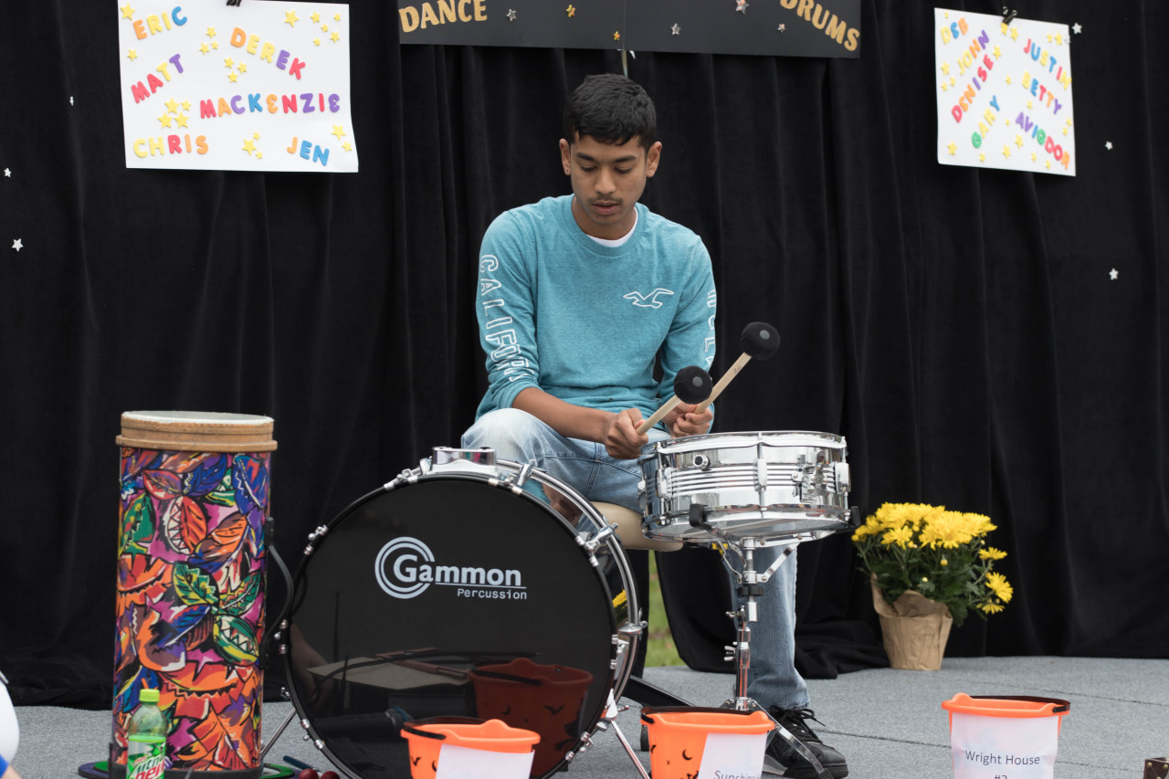 2017 FamilyFunDay Event  583  jpg pXLX9iQ8 - Bursting With Talent - Take A Look Tuesday