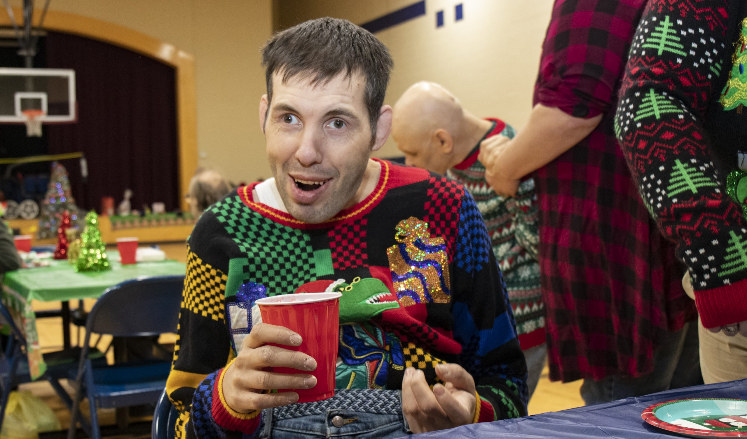 2019-UglySweaterParty-Event_4