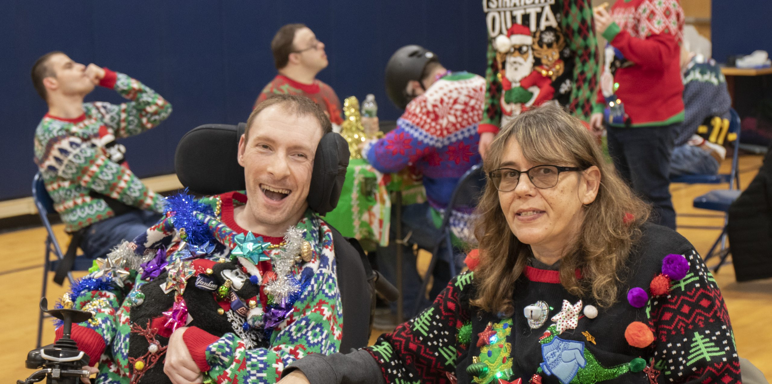 2019-UglySweaterParty-Event_6