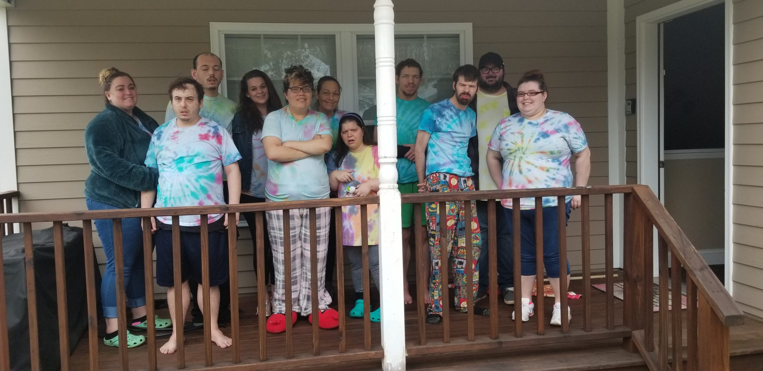 2020 PorchContest Swart scaled - Swart Hollow and Sweet Briar - Fun Art Friday