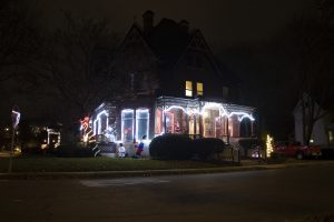 2020 HolidayDecorations OakElm JPG ls2x310y 300x200 - Ford Ave in the Decorative Spirit - Take a Look Tuesday