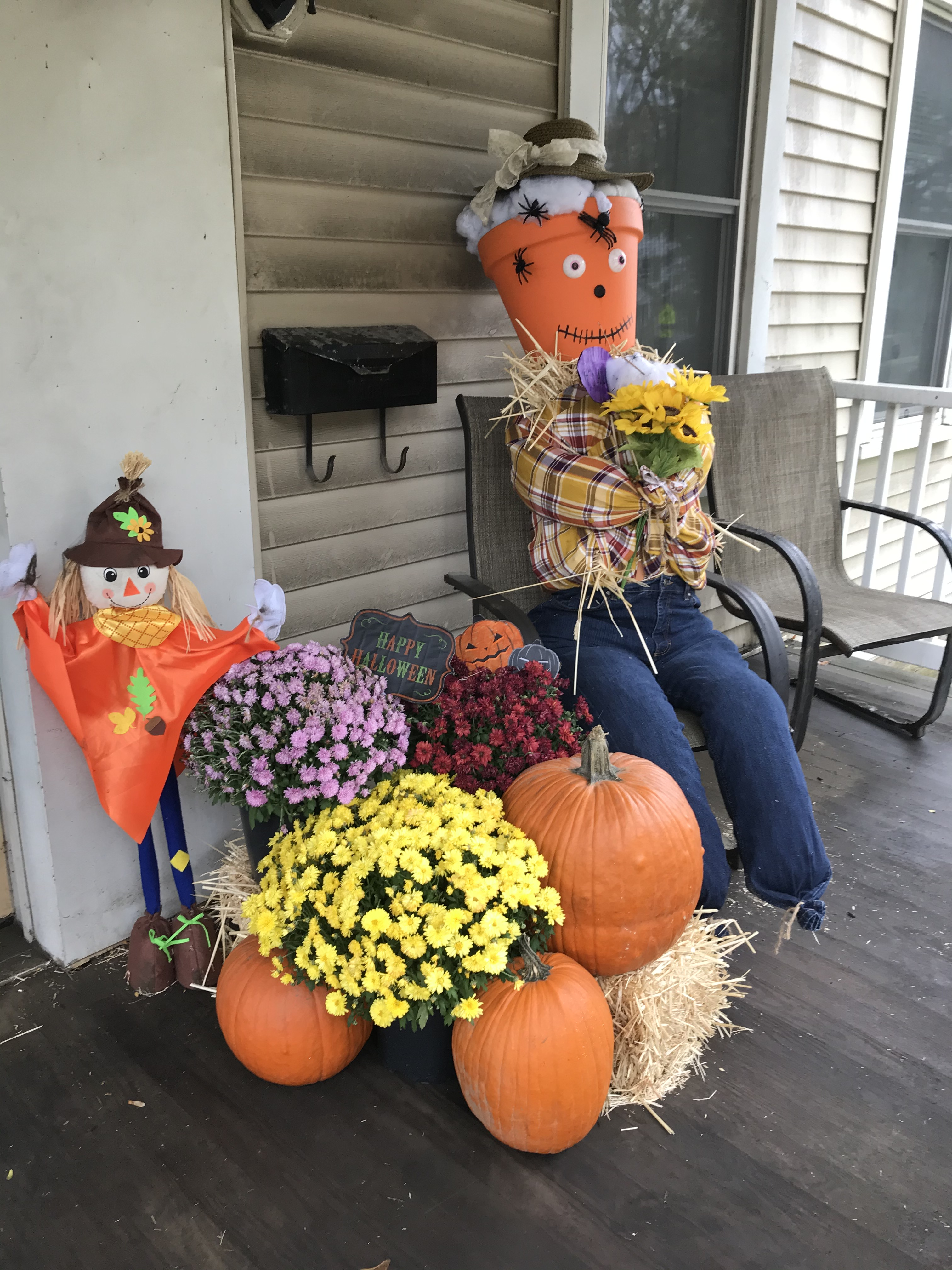 Broad Street - 2nd Annual Scarecrow Contest