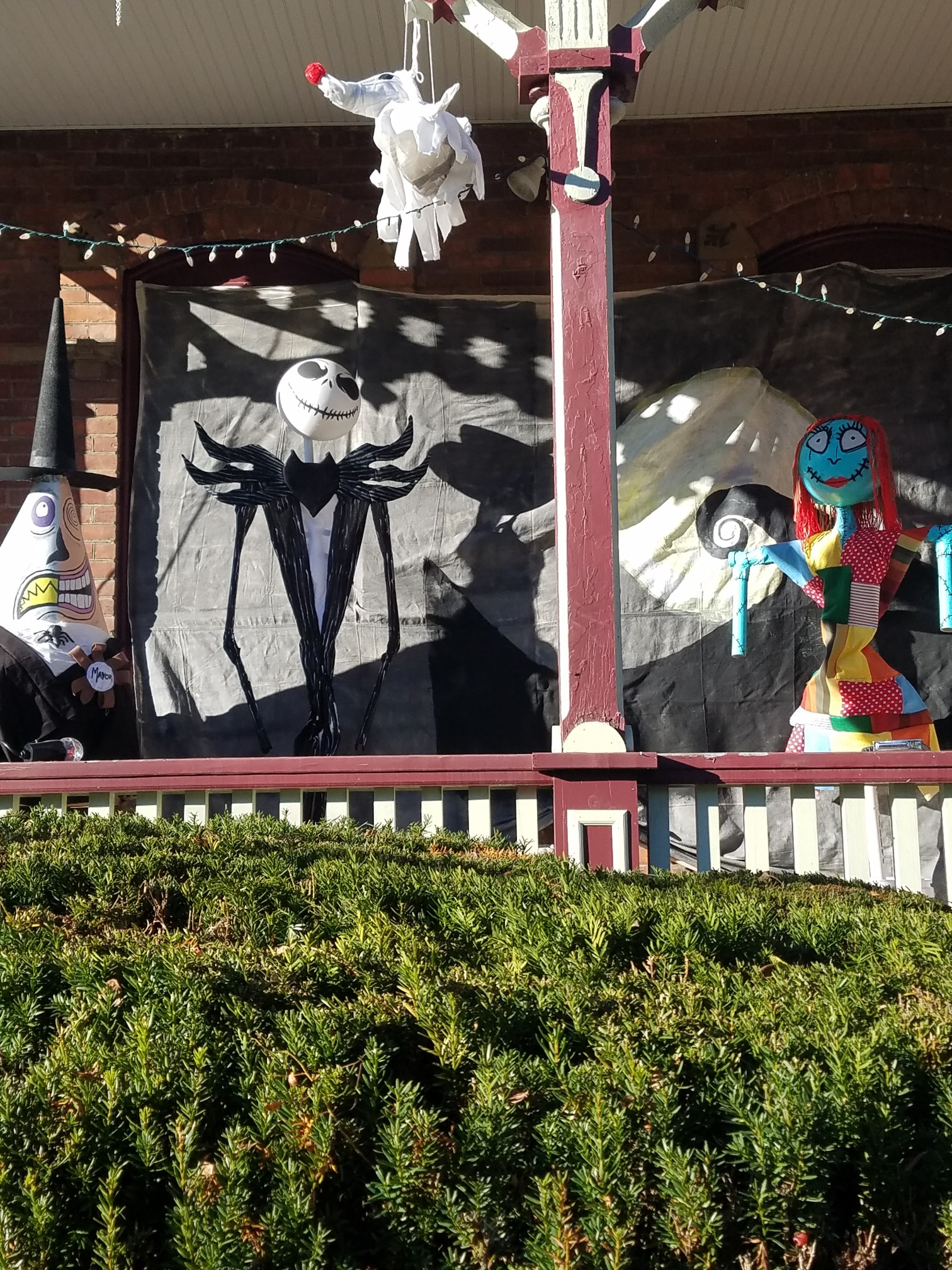Ford Ave - 2nd Annual Scarecrow Contest